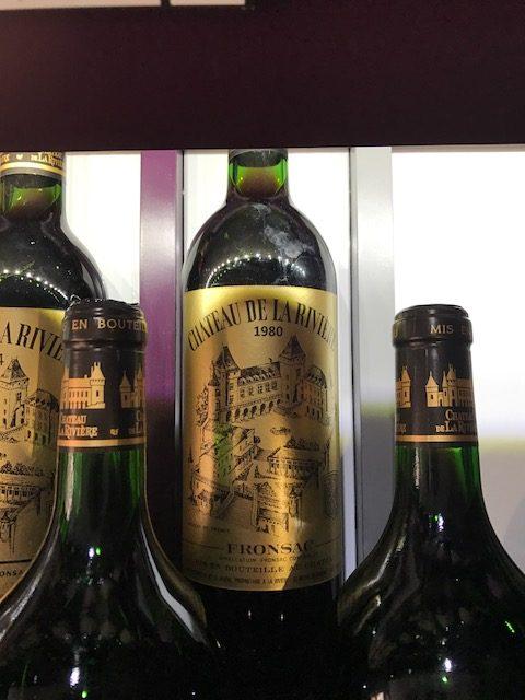 inauguration-mets-vins-chics-30-03-2017-Cha?teau-de-La-Rivie?re-1980-Grand-Vin-de-Bordeaux